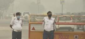 Delhi traffic police must be use  proper masks……..