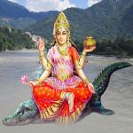 Barse Amrit Dhar Maiya Ji Tere Bhavno Pe