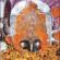 विच्च पहाड़ां गुफा दे अन्दर मन्दिर एक निराला ए